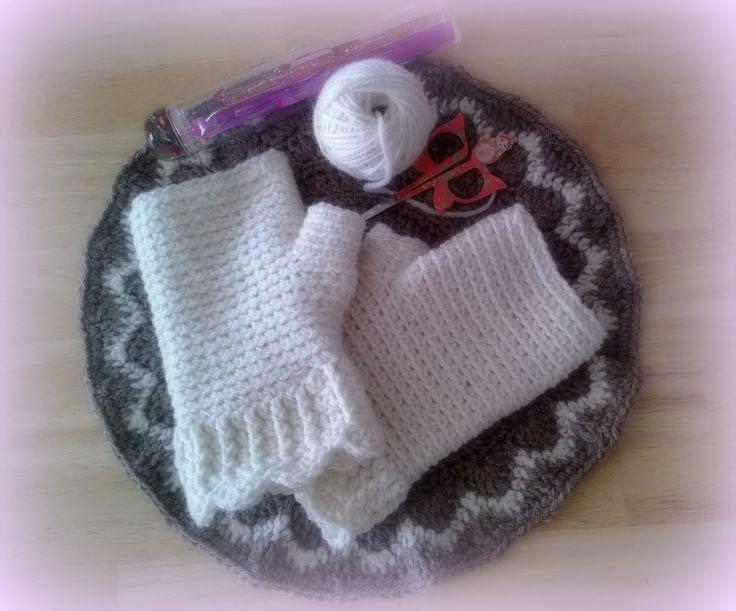 White crochet & Finn Wool