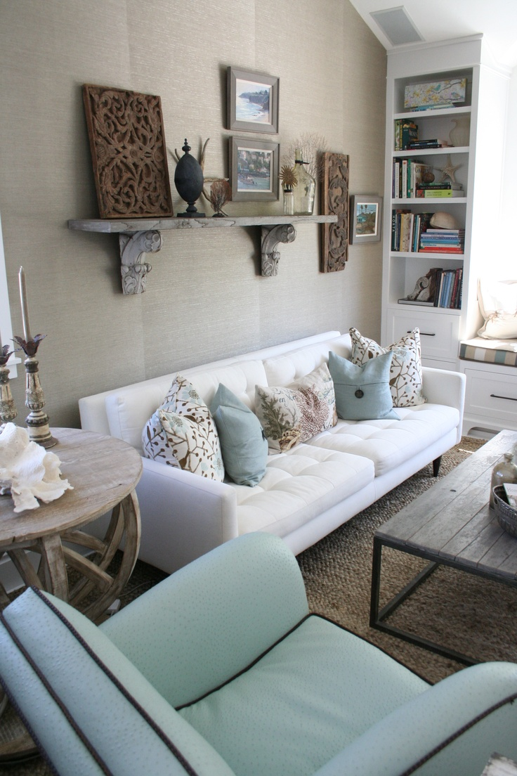I love the beachy accents and soft colors