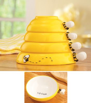 4 Piece Bumblebee Beehive Bee Measuring Cups Cooking Baking Kitchen Decor New