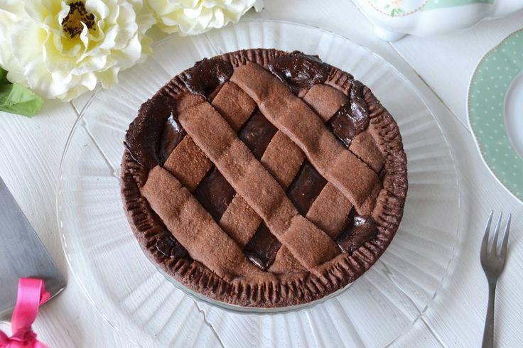 Crostata al cioccolato, scopri la ricetta: http://www.misya.info/ricetta/crostata-al-cioccolato.htm