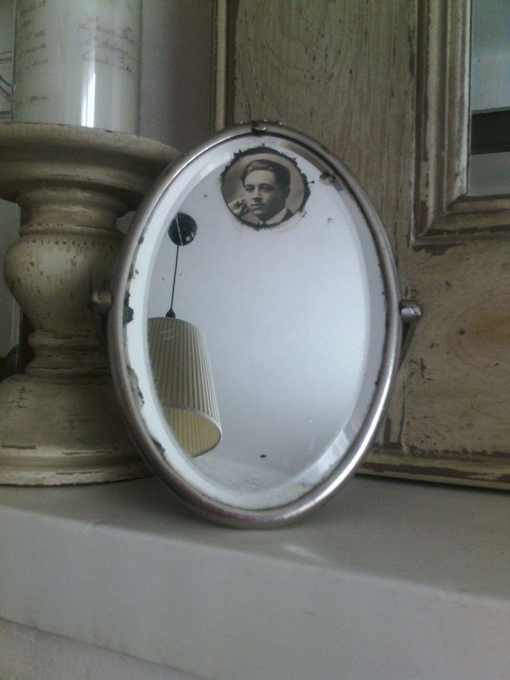 Image of Miroir de barbier ovale