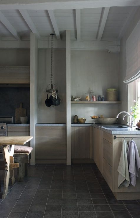 minimalist kitchen, the diversion project via remodelista