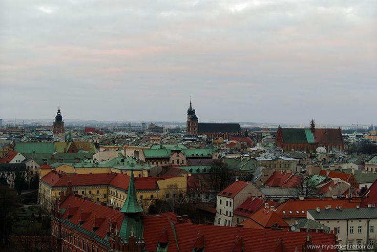 Trzeci kwartał bieżącego roku wypadł dość pomyślnie dla krakowskich handlarzy nieruchomościami. Ceny raczej rosły niż malały, więc sprzedawcy mogą odetchnąć z ulgą po niesprzyjającym im roku ubiegłym.  http://nieruchomosci.malopolska24.pl/2014/11/krakowskie-lokale-z-rynku-wtornego/