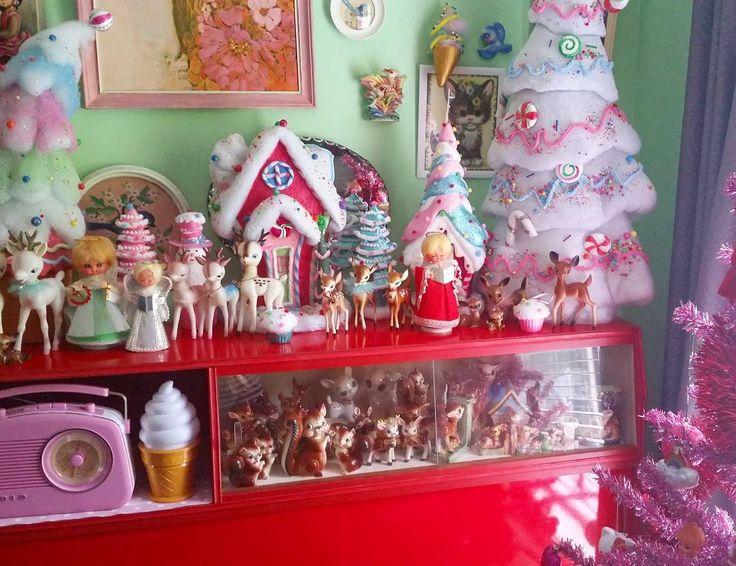 #kitschmas #vintagechristmas #kitsch #vintagehome #retrohome #midcentury…