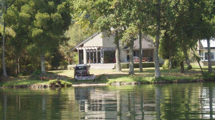 Lakefront Rotoiti, Luxury House in Rotorua, New Zealand | Amazing Accom