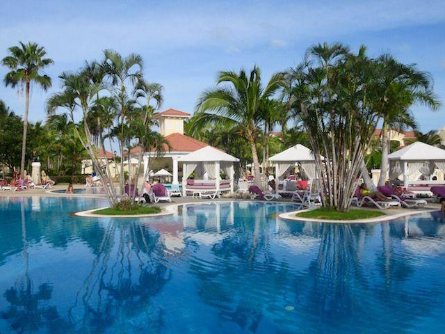 Choosing aluxury Cuba resort? Considering Varadero? Here's a detailedParadisus Princesa del Mar blog post review - thegood, the bad and the beautiful.