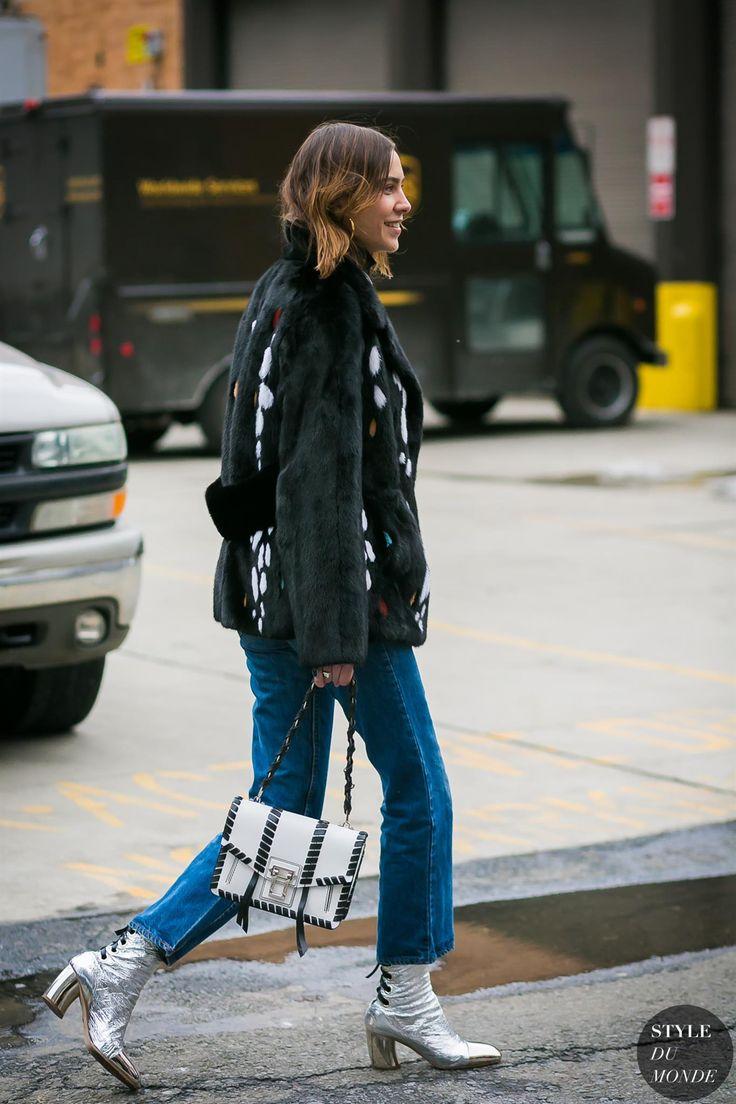 Alexa Chung by STYLEDUMONDE Street Style Fashion Photography0E2A6331