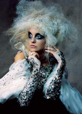 Couture Millinery Atelier. eyes.: Dark Eye, Caroline Trentini, Makeup, November 2007, Irvingpenn, Girls Hairstyles, Irving Penn, Photo, Haute Couture