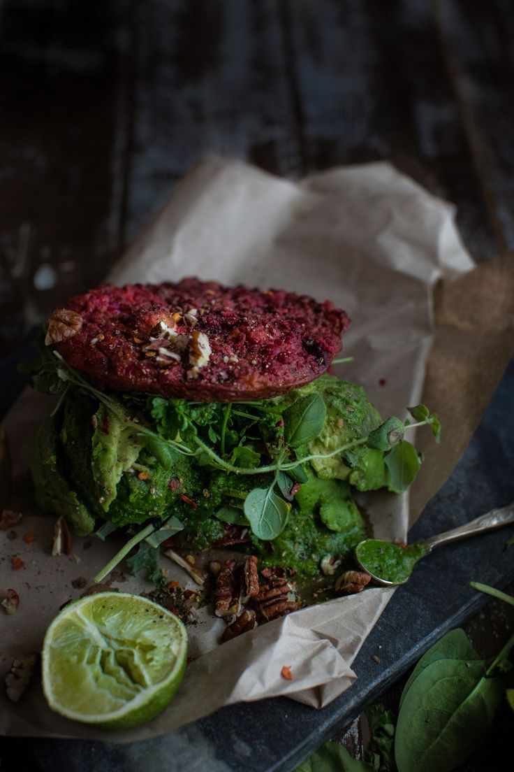 beetroot feta burgers stuffed with avocado, spinach and topped with a minty dressing