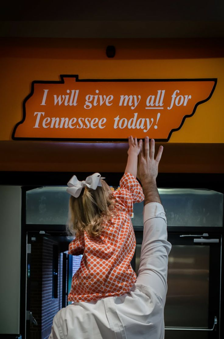 ClintJamesPhotography, Neyland Stadium, Family Photography, Tennessee, Volunteers