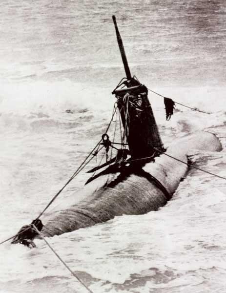 Mensen harige midget second submarine war world