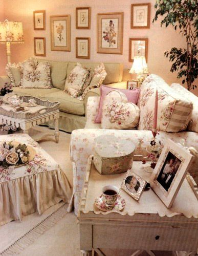 Gorgeous white country and shabby chic living room with a seaside decor!