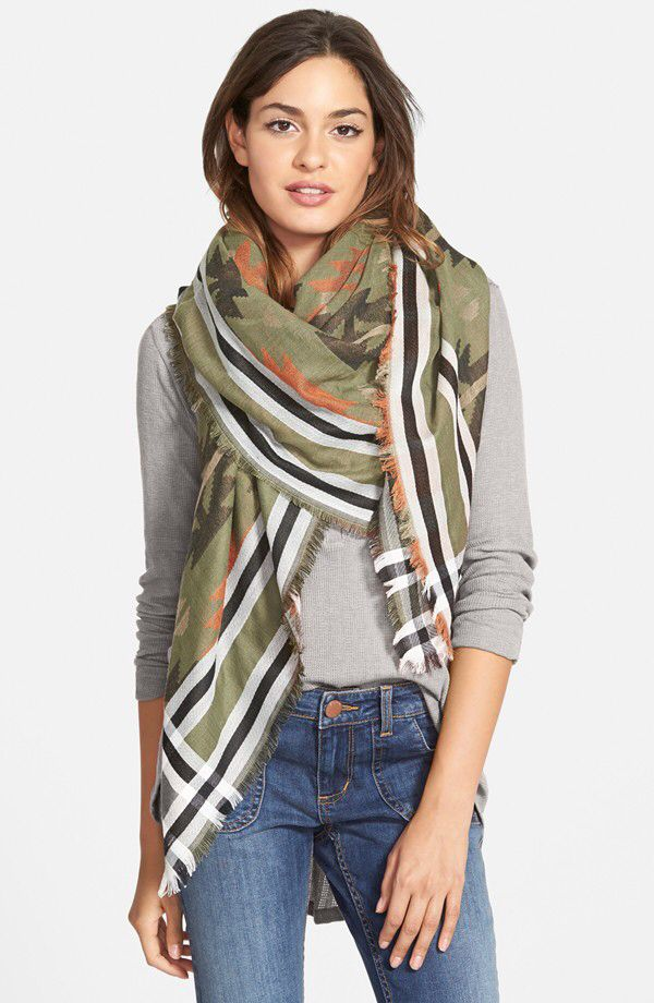 How to wear  large scarves