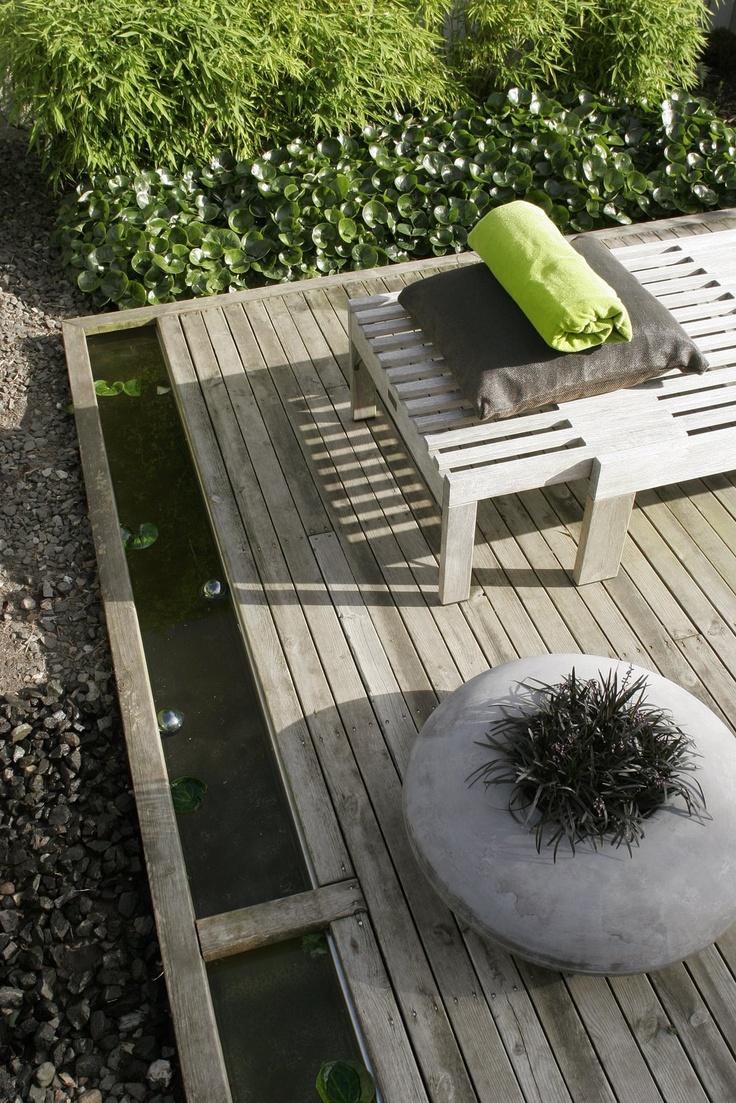 round planter  Stil Inredning & Design: Trädgård