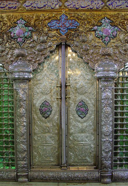 t-a-h-i-t-i: Door in the shrine of the Mausoleum Sayyida Ruqayya in Damascus by olga_rashida on Flickr.