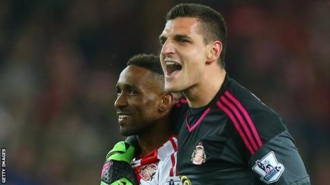 Vito Mannone: Sunderland 'must now avoid struggle' after Premier League survival