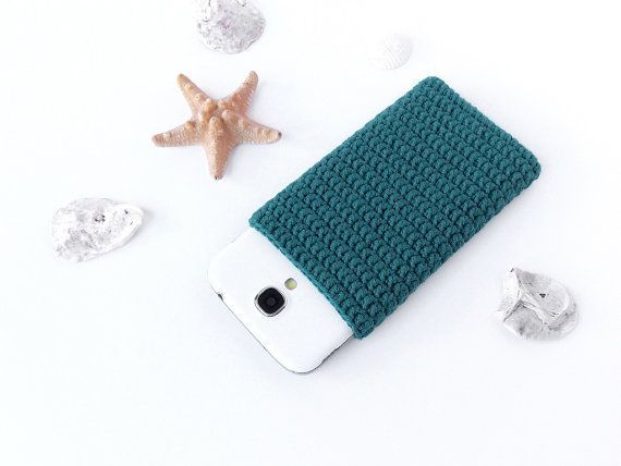 Teal GREEN Nokia Lumia 520 case Green crochet phone por PetiteLeRu $11.50