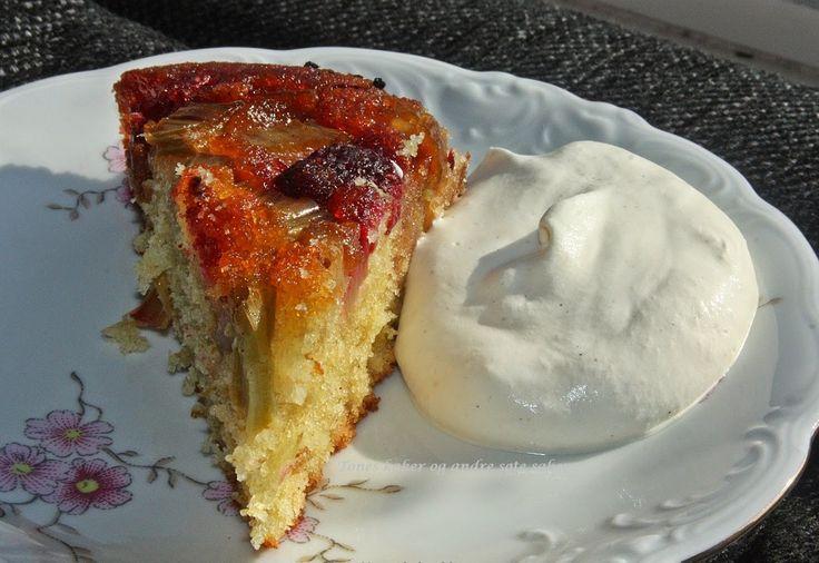 Rabarbra og bringebærterte. Rhubarb and raspberries tarte tartin. Direktelink, Tones kaker og andre søte saker.