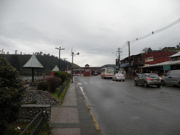 Entrando a Angelmó  Puerto Montt, Chile 2015