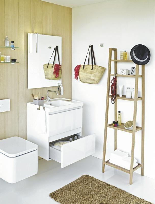 Pared de #madera en el cuarto de baño