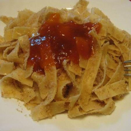 Egy finom Egyszerű grízes tészta ebédre vagy vacsorára? Egyszerű grízes tészta Receptek a Mindmegette.hu Recept gyűjteményében!