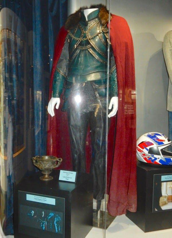 Luke Evans Dracula Untold movie costume | Movie costumes u0026 props | Pinterest | Luke evans ...