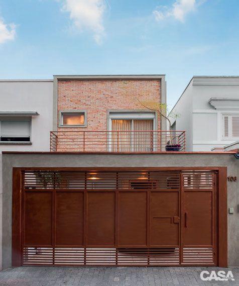 Casa de 230 m² decorada para acolher os cachorros do casal - Casa