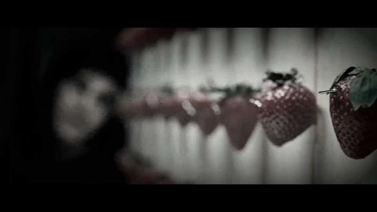 Across The Universe - Strawberry Fields Forever [HQ]