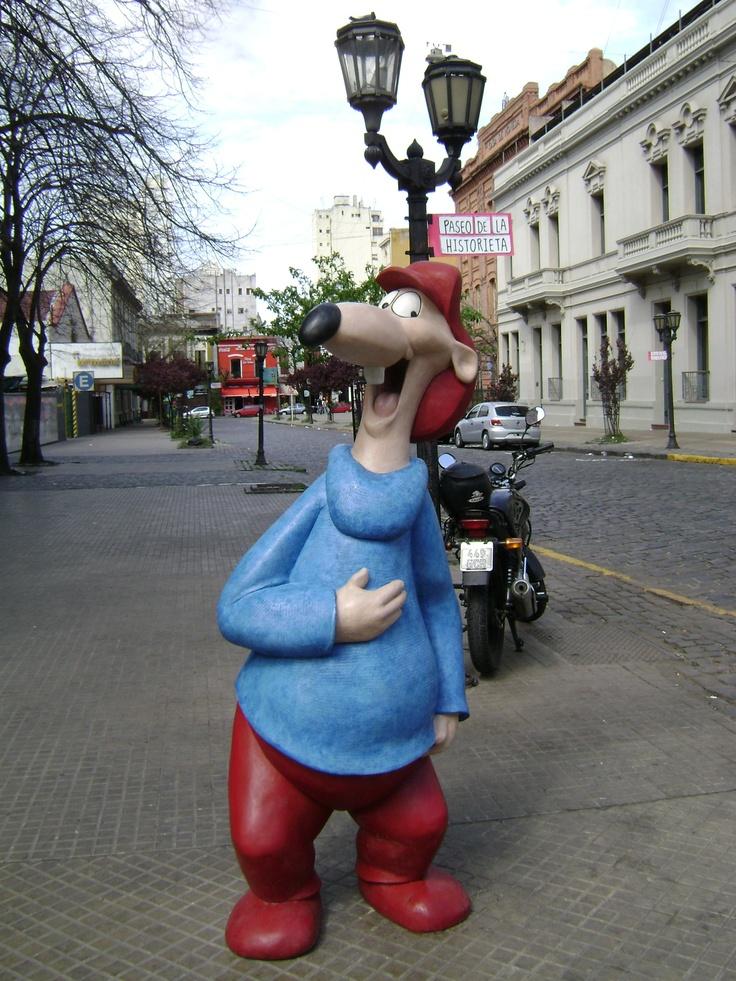 Largirucho, paseo de la historieta, Buenos Aires, Argentina.
