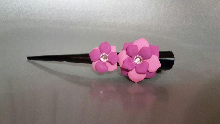Becco d'oca con fiori in fommy