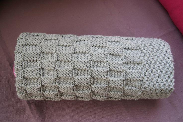 Modele de couverture tricot pour bebe gratuit charles edouard ou marie segolene pinterest - Couverture en laine bebe ...