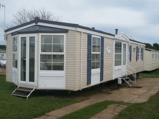 Spacious Luxury 2 Bedroom 6 Berth Caravan For Hire At Cayton Bay Holiday Park Yorkshire