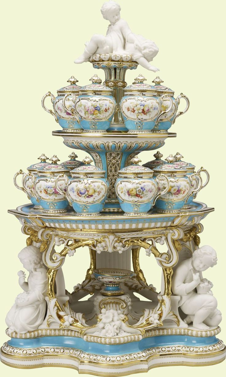 Minton: Staffordshire (c. 1850-1851) Dessert stand (jelly or cream) (from the 'Victoria' pattern dessert service) | Purchased by Queen Victoria from the stand of Minto & Co. at the Great Exhibition, 1851