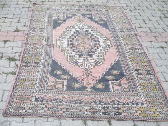 Vintage Oushak Rug Turkish Rug  Pale Color Rug UNIQUE  Large Rug  105x 59 inches  kilim rug