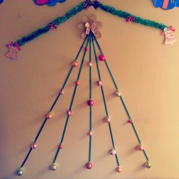 Árbolito de  navidad en la sala