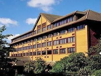 Swindon Marriott Swindon Hotel United Kingdom, Europe The 4-star Marriott Swindon Hotel offers comfort and convenience whether you're on business or holiday in Swindon. Both business travelers and tourists can enjoy the hotel's facilities and services. 24-hour front desk, facilities for disabled guests, express check-in/check-out, luggage storage, Wi-Fi in public areas are just some of the facilities on offer. Television in bathroom, slippers, television LCD/plasma screen, sof...