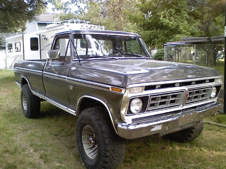 '76 Ford F150 Highboy. My first truck. I learned to tow trailers & drive in the snow in that truck. I miss it.