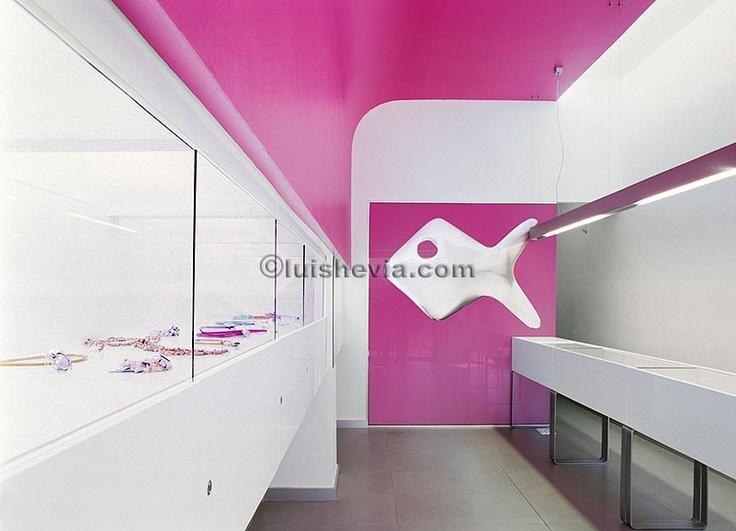 CRISTINA QUIRÓS JEWELRY, una tienda diferente creada por Arquitectura Matutano, que ha sabido captar la esencia de Cristina Quirós.
