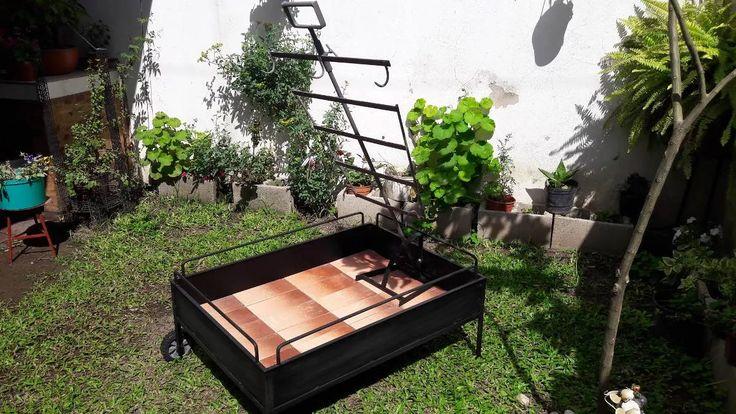 Asador Criollo, Refractario, Hierro Cruz - $ 2.999,00 en Mercado Libre