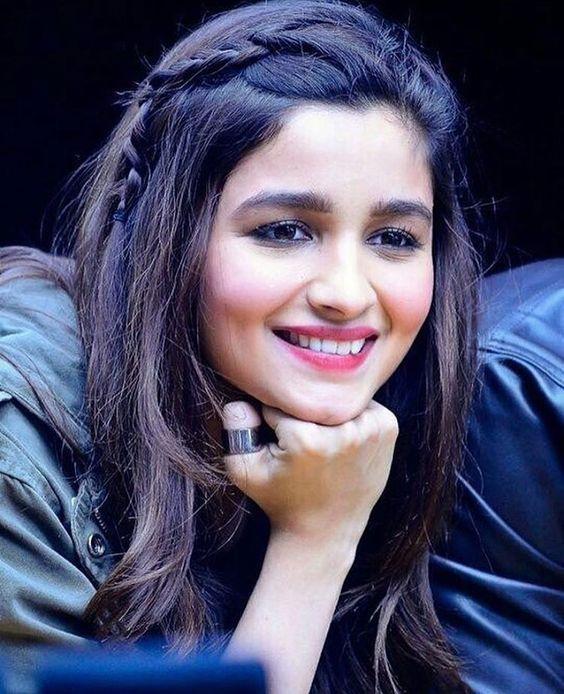 Cute Alia Bhatt | FemaleAdda.com