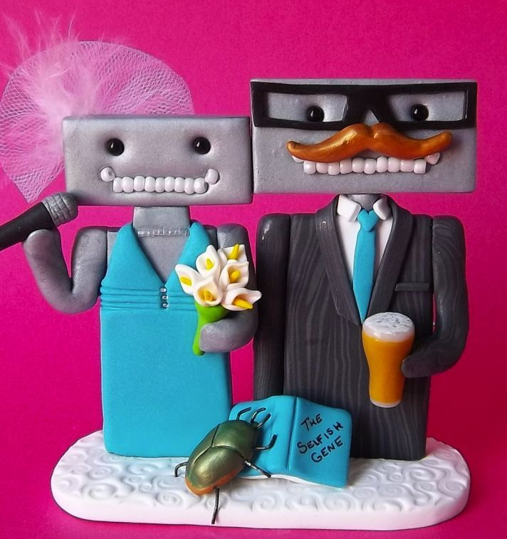 Why does the groom look like the robot version of Chuckie Finster's Dad?