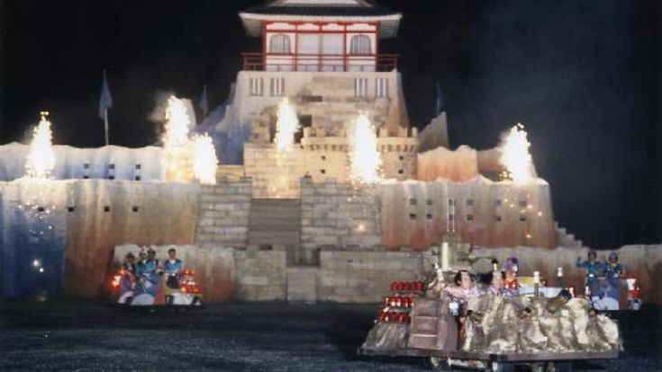 TIL TV show Takeshi's Castle had eight winners overall plus two disqualified winners.