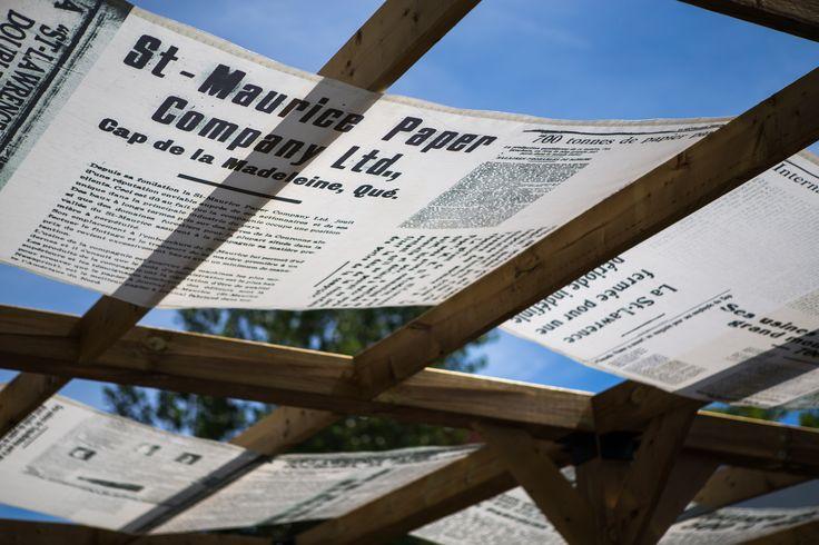 Exposition Mémoire d'ouvrier - Pergola et air de détente urbaine #expo #pergola #papierjournal #musée #troisrivières