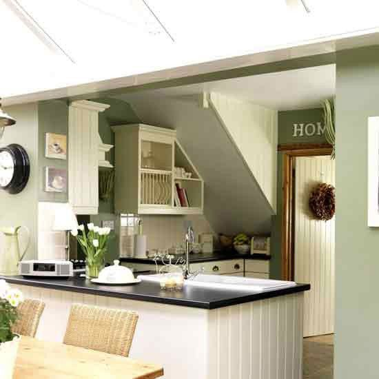 Small Green Kitchen Design: 25+ Best Ideas About Small Country Kitchens On Pinterest