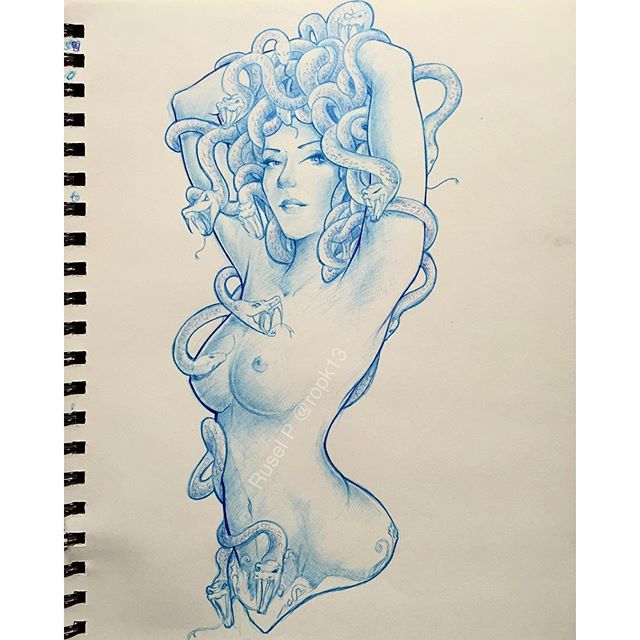 #mulpix Medusa illustration done with ballpoint pen !  #art  #arte  #drawing…