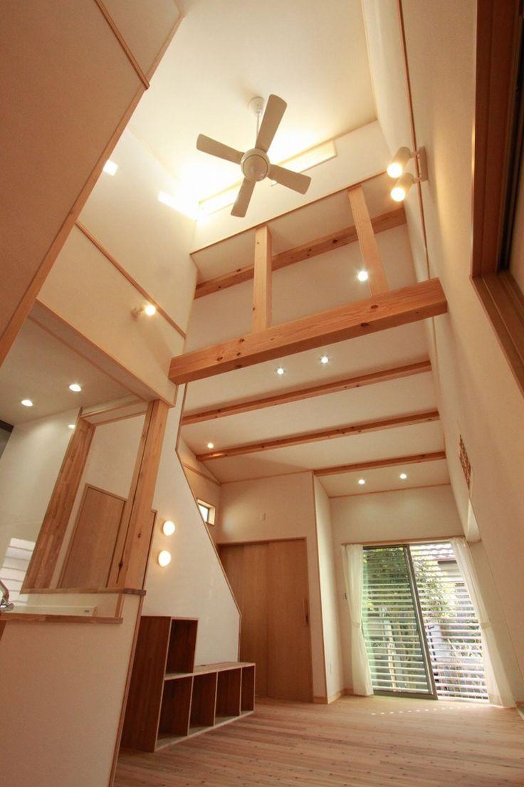 高い天井と梁がダイナミックにリビングを演出します。#リビング#梁#吹き抜け