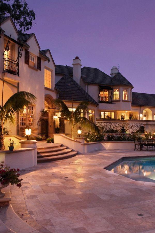 Amazing House lighting #GrandMansions #LuxuryHomes