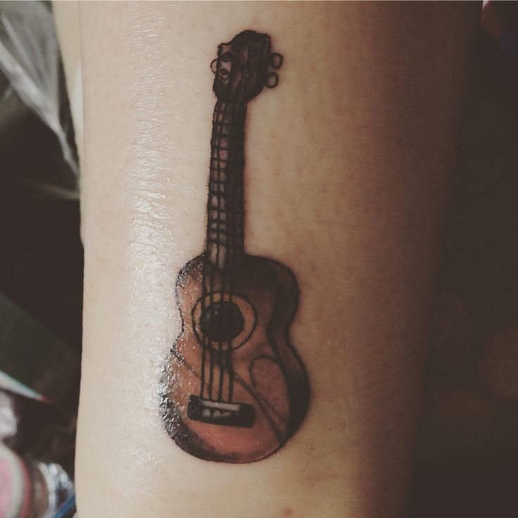 Btw I got a ukulele tatt #ukulele #tattoo