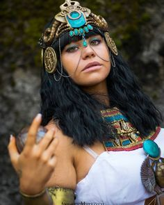 Cleopatra Assassin's Creed Origins Miss being my queen so much can't wait to re-do her #Shucosplay #cosplay #cosplayoftheday #cosplayer #cosplaygirl #cosplayersofinstagram #italiancosplayer #italians #italiangirl #cosplay2018 #assassinscreed #assassinscreedcosplay #assassinscreedorigins #cleopatracostume #cleopatracosplay #pharaoh #egypt #Queen #goddes #bronze #greeneyes #originscosplay #cosplaylover #playstation4 #ps4 #ubisoft #gamer #gamergirl