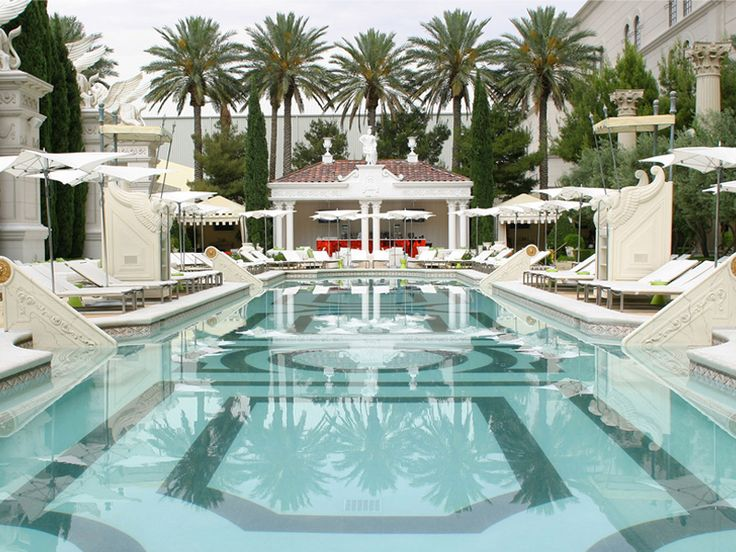 13 Hotel Pools That Don't Require Checking In via @mydomaine